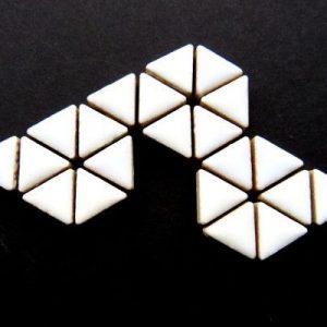 Ceramic Triangles White H3
